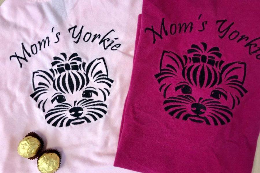 Yorkie майките ще разхождат четириногите си деца с тениски – made by US