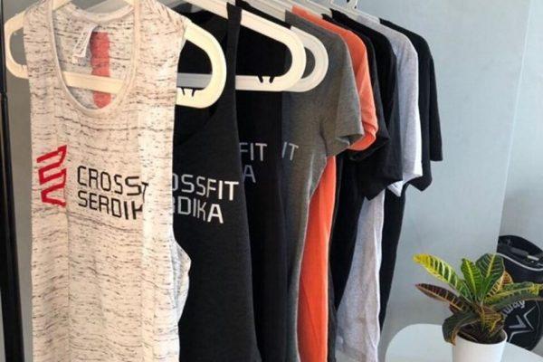 Кросфитърите на CrossFit Serdika – и тях по тениската ще ги познаете